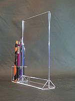Менюхолдер А4 формату двосторонній вертикальний з підставкою для ручок, олівців