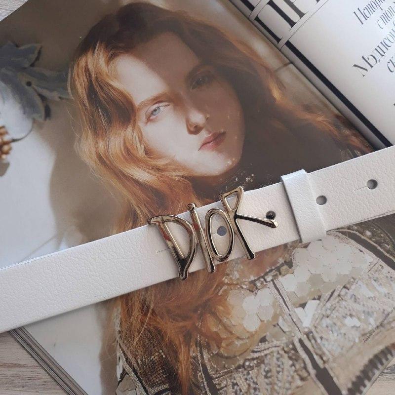Женский кожаный ремень Диор реплика Белый с серебристой пряжкой