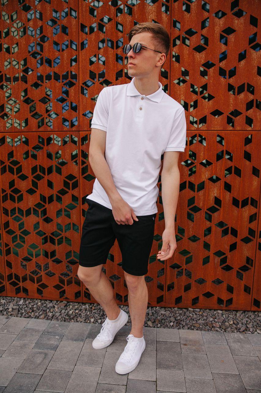 Чоловічий літній костюм прогулянковий з белоя поло і стильними шортами чорного кольору / Молодіжна теніска + шорти
