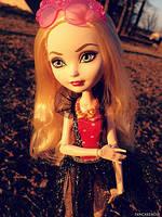 Кукла Эппл вайт Пляжная вечеринка Mirror Beach Apple White Doll