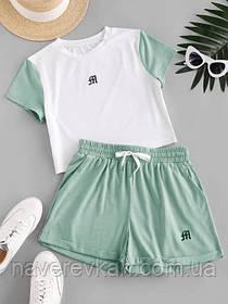 Летний спортивный костюм с шортами и футболкой топ сиреневый оливковый белый 42-44 46-48 двухцветный