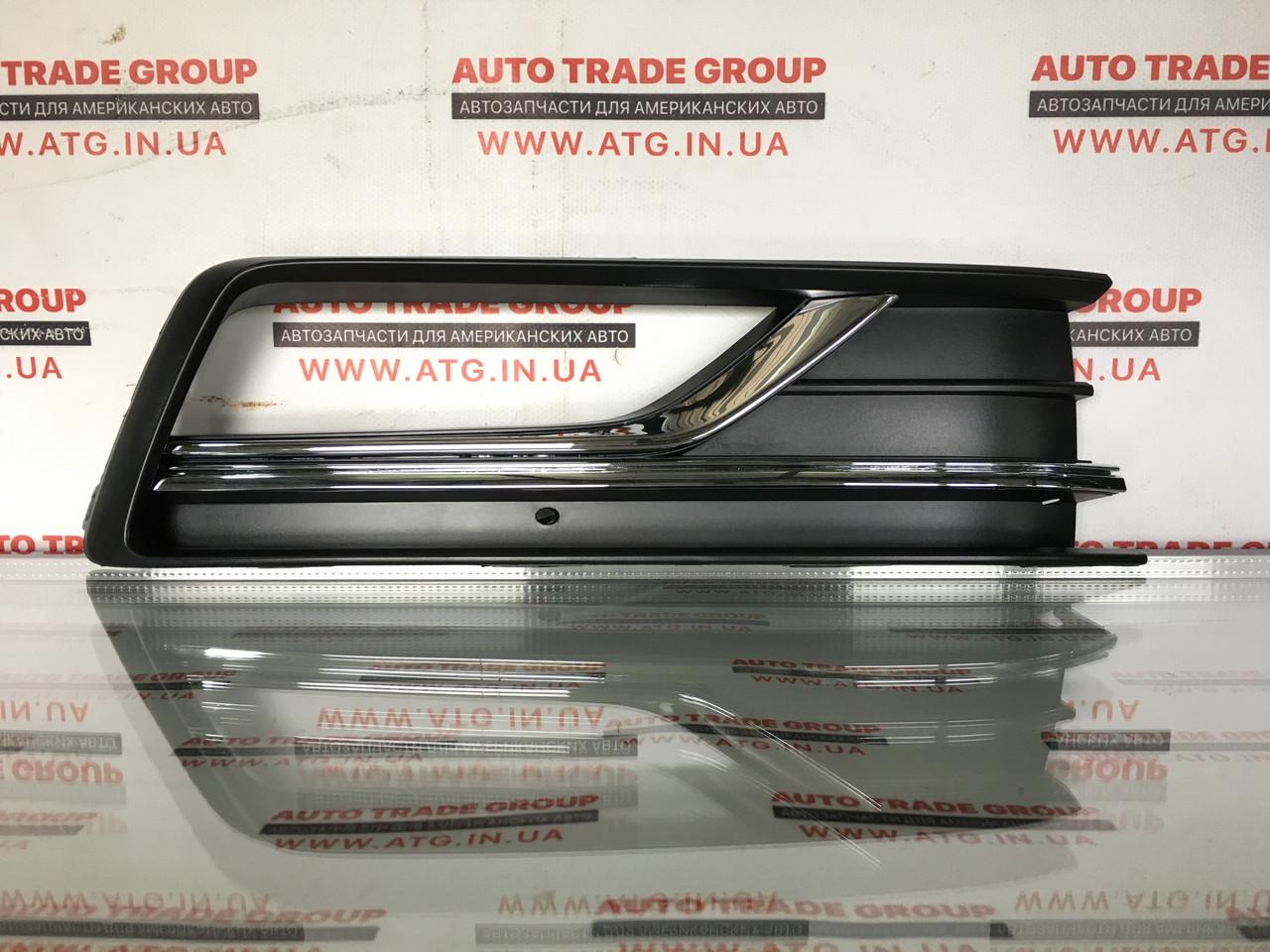 Решітка перед бампера права для втф VW Passat 17-18 561-854-662-H-RYP