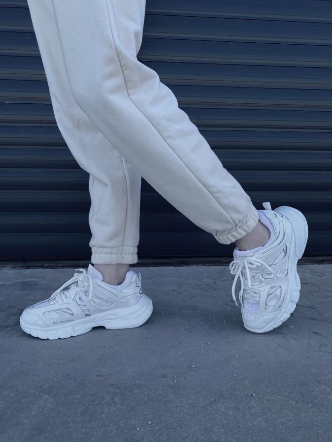 Track White