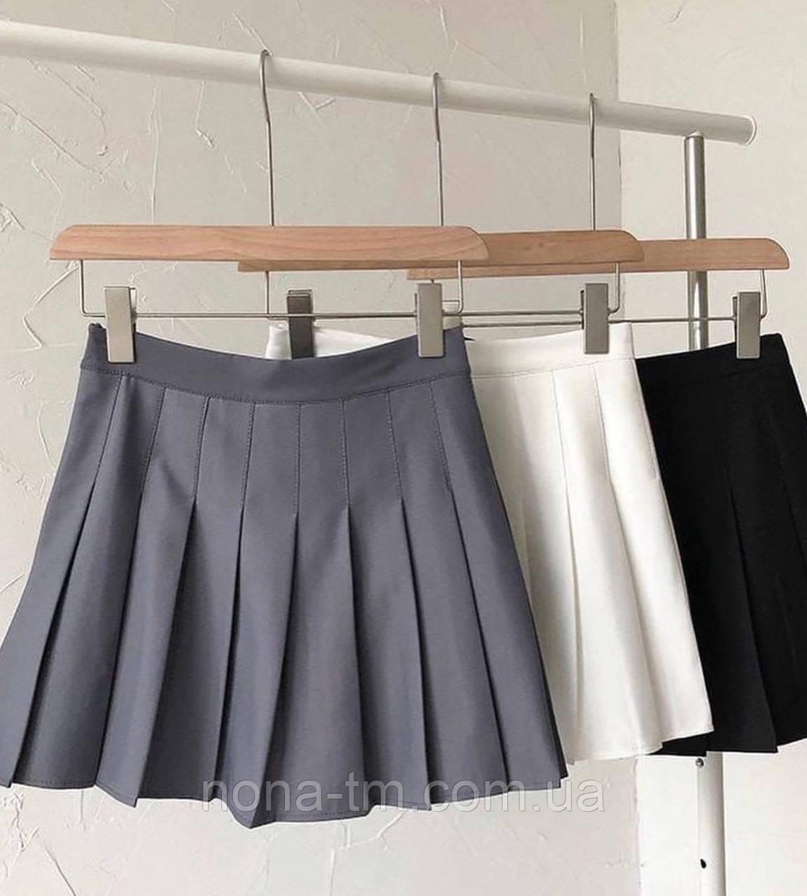 Короткая юбка-плиссе на высокой посадке
