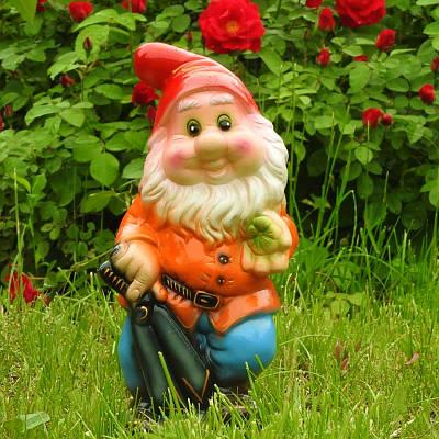Садовая фигура BnBkeramik Гном с ножницами