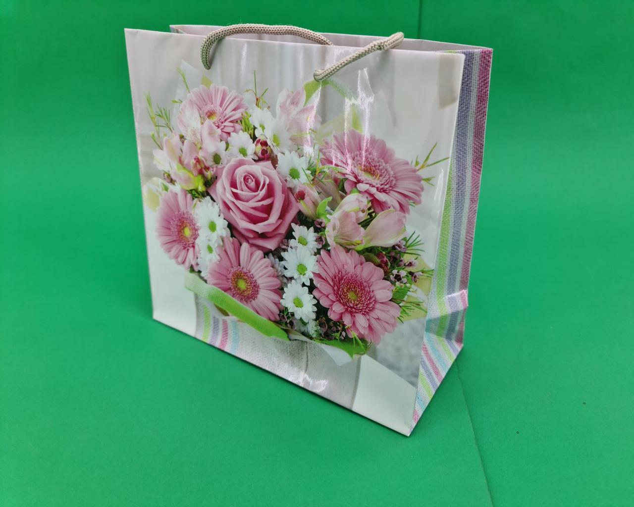 Пакет подарунковий паперовий квадратний и 23*24*10(артKV-075) (12 шт)