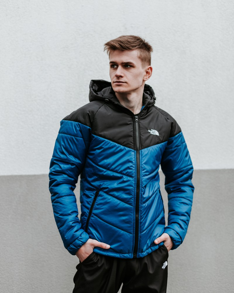Куртка TNF електрик - чорна