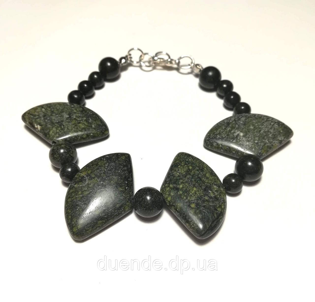 Браслет из Змеевика (Серпентин) натуральный камень, цвет зеленый и его оттенки \ Sb - 0245