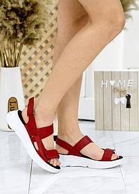 Молодежные  сандалии красные из натуральной кожи размер 36-40