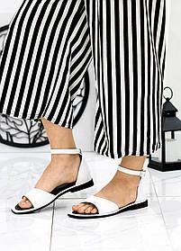 Кожаные босоножки белого цвета  без каблука на каждый день размер 36-40