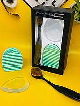 Набор для макияжа MAC (кисть + щетка для очистки кистей + силиконовый спонж)