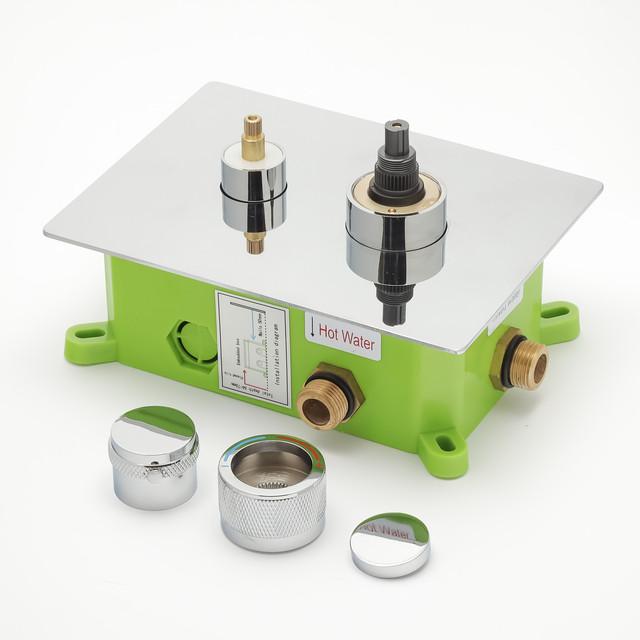 Встраиваемый смеситель для душа KVB-05 используется для комплектации душевых систем, гарнитуров, душевых программ скрытого монтажа.