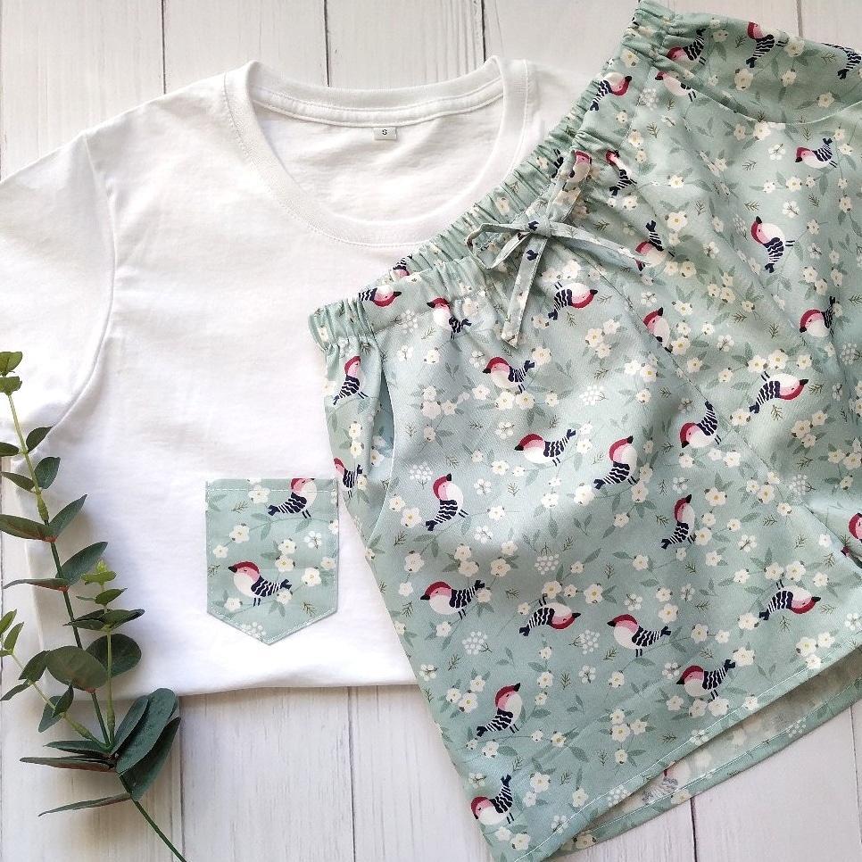 Піжама бавовняна з птахами, футболка і шорти