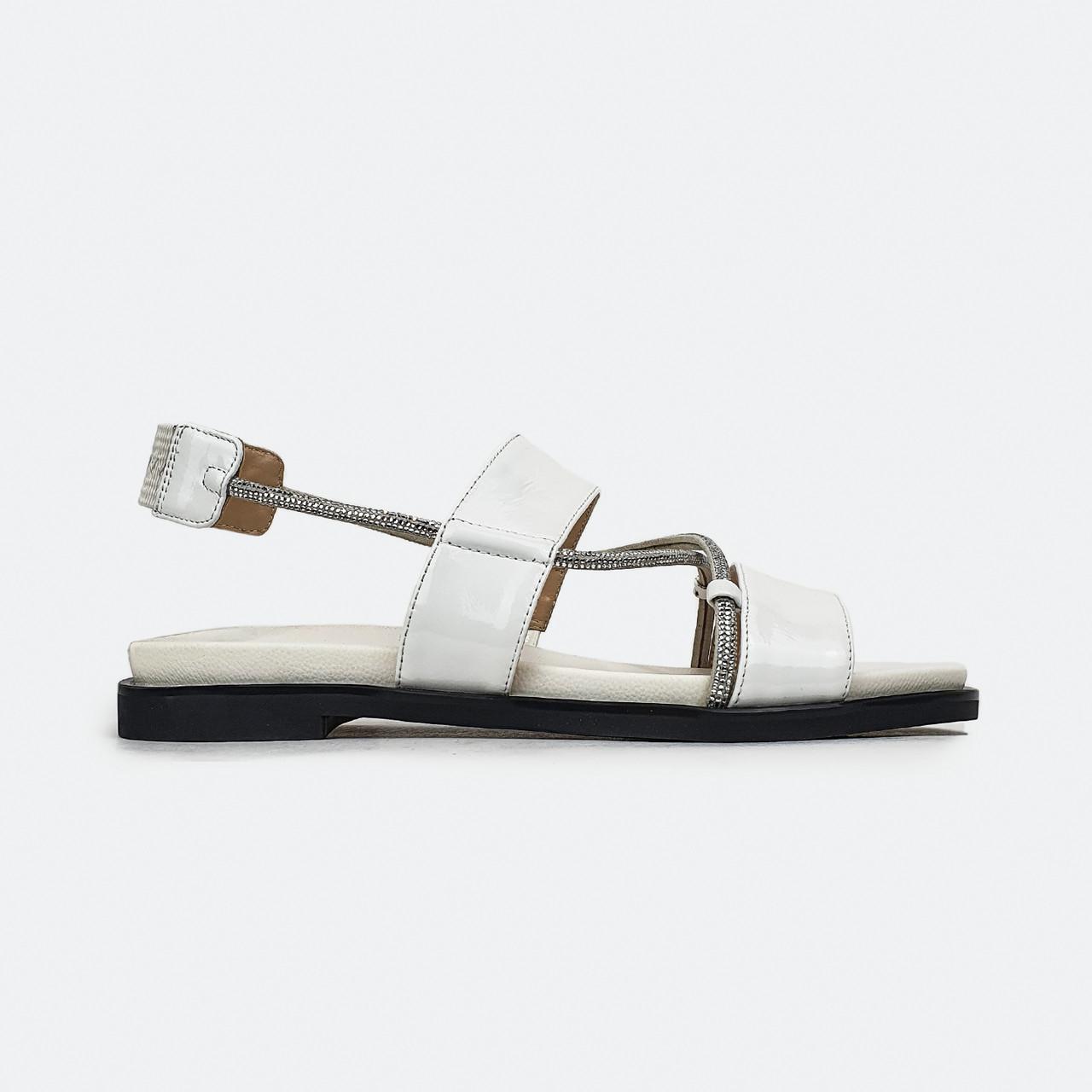 Модные сандали женские белые лаковые Brocoli 70044-F3-H1322
