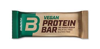 Протеиновый батончик BioTech Vegan Bar 50 грамм Арахисовая паста