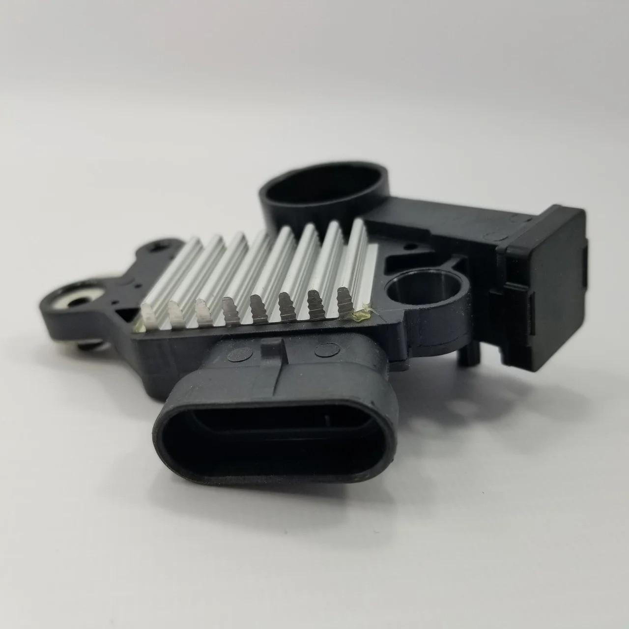 Блок выпрямительный и щетки (евро-3) Lacetti 1.4-1.8, Nexia 1.6 DOHC КАР-ОЕМ Корея