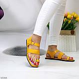 Стильні жовті жіночі босоніжки, в'єтнамки через палець літо 2021, фото 10