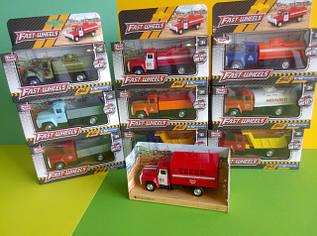 Іграшки вантажівки ЗІЛ-130
