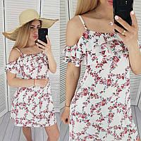 Літній коротке плаття з воланом, арт 102, колір білий/червоні квіти