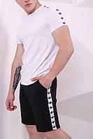 Шорты Adidas чёрные с бело-чёрными лампасами