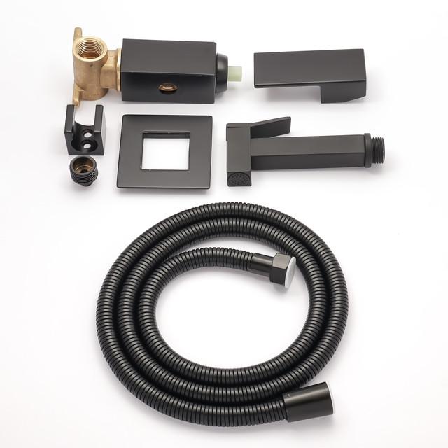 Набор для гигиенического душа скрытого монтажа BSGD-03 в матовом черном цвете.