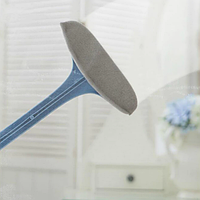 Универсальная щетка для чистки одежды, мебели и ковров Cleaning brush, фото 1