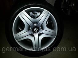 """Диски 19"""" дюймов для Bentley Continental c шинами Pirelli"""