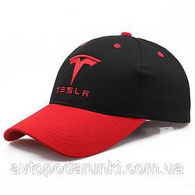 Кепка TESLA черно-красная, бейсболка с лотипом  авто ТЕСЛА
