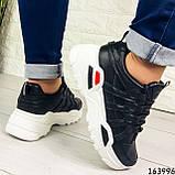 Женские кроссовки черные эко кожа. Женские кроссовки черные на белой подошве, фото 7
