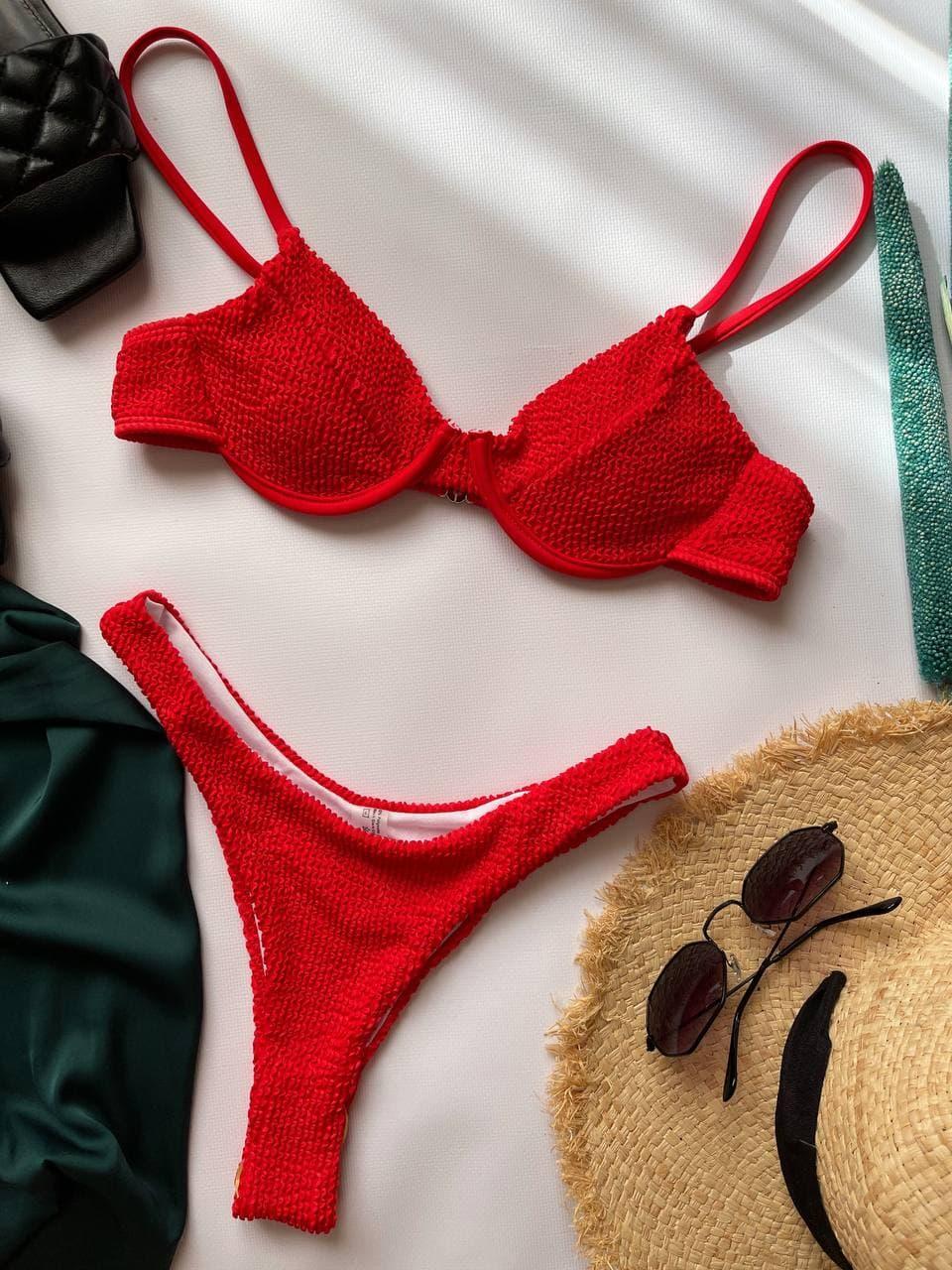 Раздельный красный купальник бикини однотонный Red