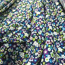 Ткань штапель мелкие цветы на темно-синем, фото 2