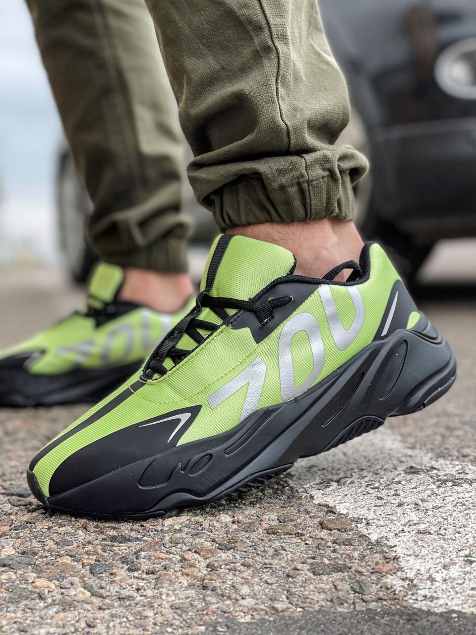 Кросівки чоловічі 15524, Adidas Yeezy 700, зелені, [ 41 42 43 44 45 ] р. 42-27,0 див.