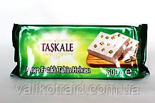 Тахиновая халва с цельным орехом фисташки, Турция , вес 500 гр,  турецкие сладости
