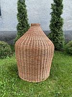 Декоративный плетёный светильник из круглой лозы