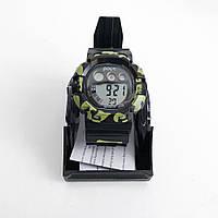 Часы наручные Polit, в коробке. Цвет: черный