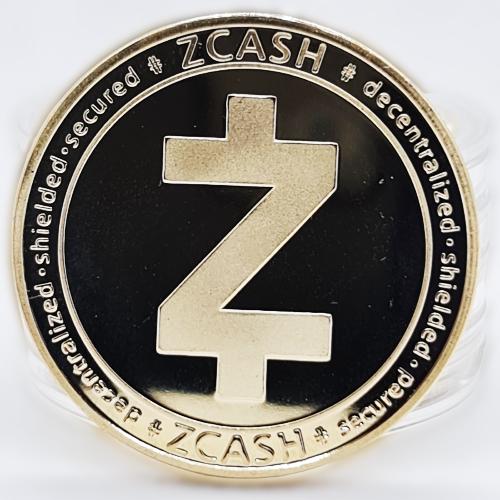 Сувенірна Монета ZCASH золотого кольору.