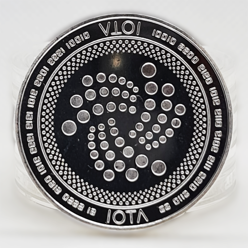 Монета сувенирная IOTA серебряного цвета.