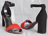 Эффектные и стильные женские босоножки, каблук 8 сантиметров, черные с красным. Размеры 36, 37, 38, 39, 40.
