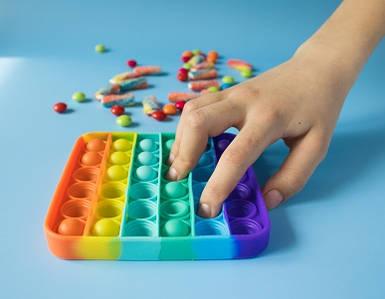 Силіконова сенсорна іграшка антистрес для дітей і дорослих Pop It, Оригінальний подарунок Поп Іт Пупиришки