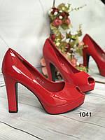 Туфлі жіночі класичні червоні ,каблук і платформа, фото 1