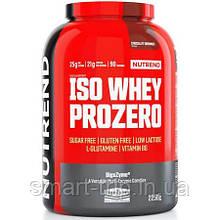 Изолят сывороточного протеина Nutrend Iso Whey PROZERO CFM 2250g шоколадный пирог