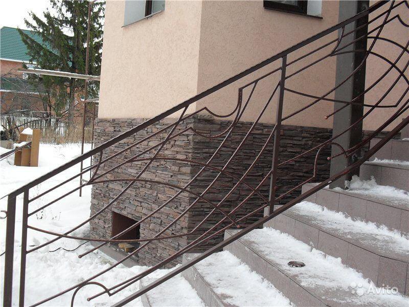 Лестничные ограждения из кованых элементов
