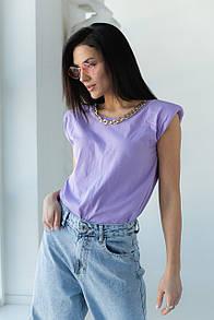 Женская футболка с цепью и подплечниками в фиолетовом цвете L