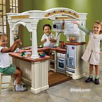 Детская большая игровая кухня Step 2 «Гостеприимство» Grand Walk-in Kitchen (891300)