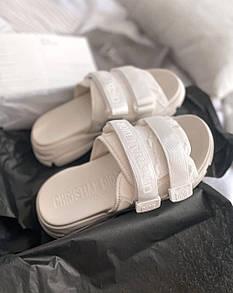 Жіночі тапочки Dior White
