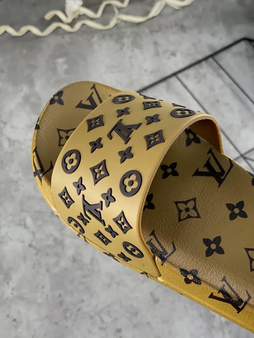Женские тапочки Louis Vuitton LV