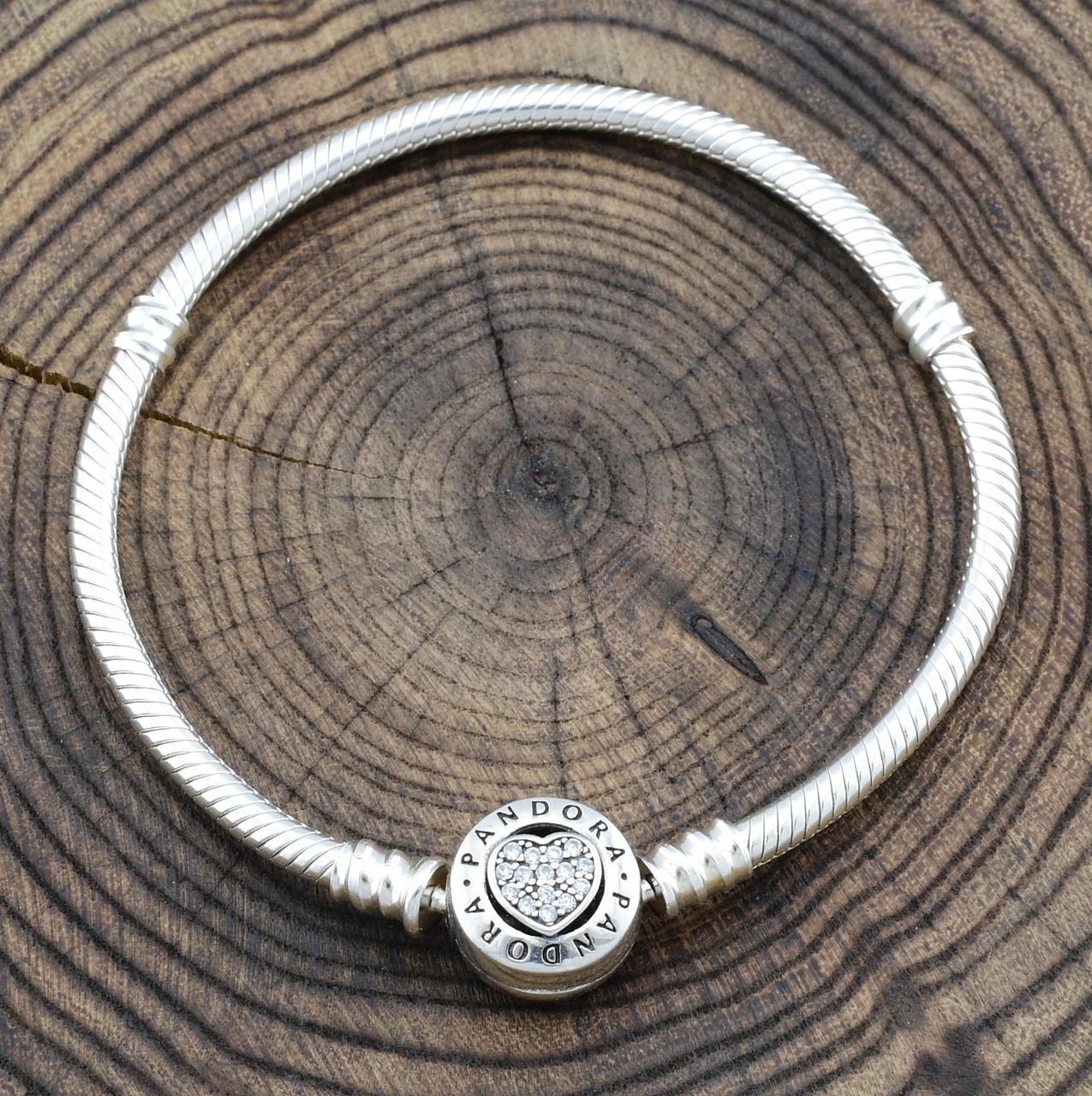 Серебряный браслет Pandora ширина 3 мм белые фианиты длина 17