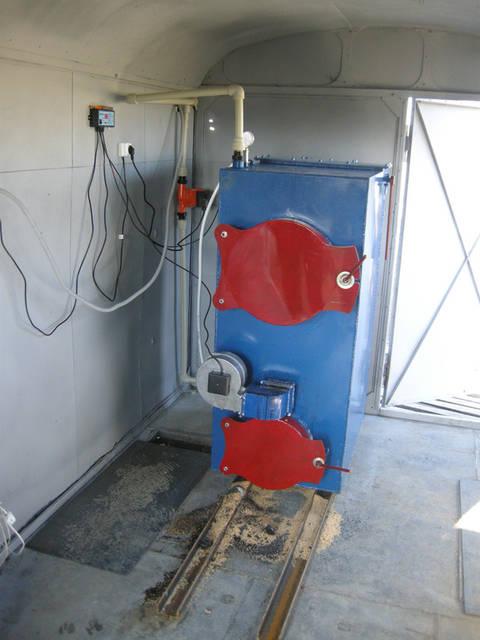 Твердотопливный котел пиролизного типа на 60 кВт.