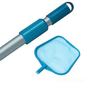 Набор 2в1 Intex 29050/54: Сачок с телескопической ручкой для очистки верхнего слоя воды (диаметр 26.2 мм)