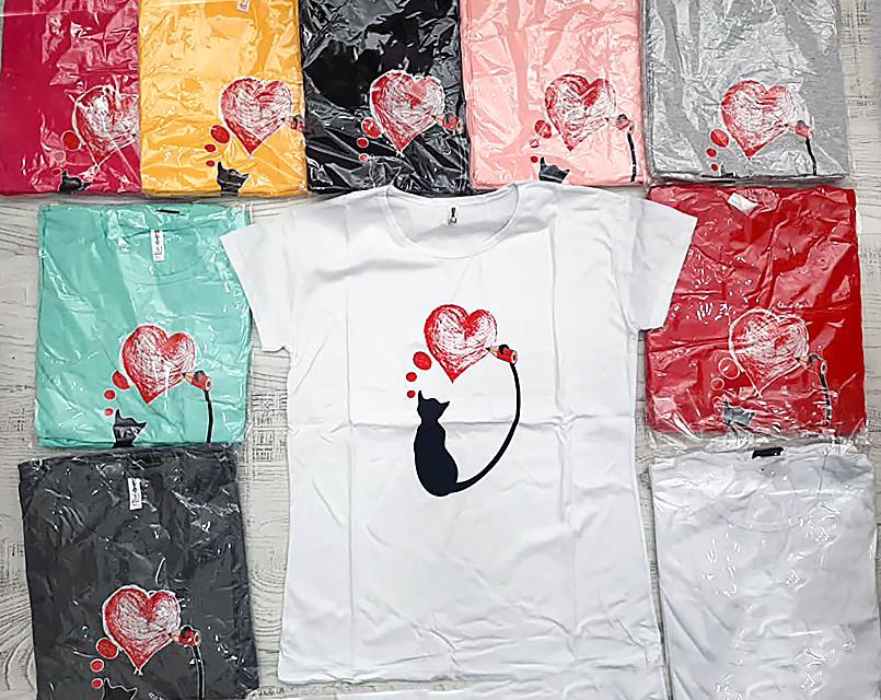Красивая женская футболка с сердечком 46